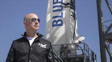 Der reichste Mann der Welt wolle seine Firma Blue Origin vom Start-Up- in den Produktionsmodus bringen, heißt es von seinen Mitarbeitern.