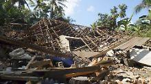 Lombok in Trümmern: Bei dem Erdbeben wurden vor allem die Gebiete getroffen, in denen die Einwohner leben. Die Haupttouristenorte bleiben weitgehend verschont.
