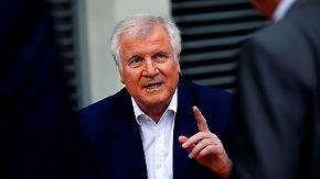 """Mehr Unterstützung bei """"Ankerzentren"""": Seehofer macht Druck auf Merkel und Nahles"""