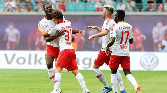 Dreimal können die Leipziger Spieler jubeln.