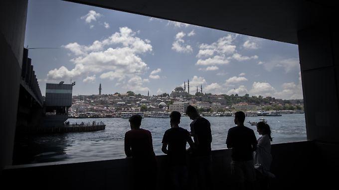 """Wohin steuert die Türkei unter Erdogan? """"Das Land läuft Gefahr, auf eine Pleite zuzusteuern."""""""