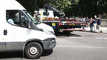 """London: Auto rast in Fußgänger: Polizei spricht von """"terroristischem Vorfall"""""""