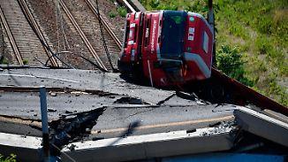 Schuldzuweisungen nach Brückeneinsturz: Conte ruft Ausnahmezustand für Genua aus