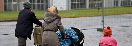 Zwei Jahre lang war der Famliennachzug für Flüchtlinge mit eingeschränktem Schutzstatus komplett ausgesetzt.