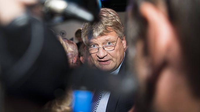 """AfD-Parteichef Jörg Meuthen erhielt wie weitere Parteifreunde Unterstützung von der Goal AG, einen """"Freundschaftsdienst"""" nannte er das. Mit der Freundschaft ist es jetzt jedoch vorüber."""