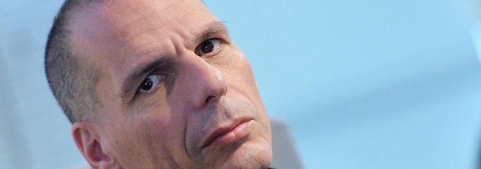 BIP um 25 Prozent gesunken: Varoufakis sieht Griechenland nicht gerettet