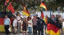 Nach Pöbelei bei Pegida-Demo: LKA-Mitarbeiter wird aus dem Urlaub geholt