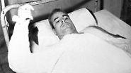 Fünfeinhalb Jahre verbrachte er in Kriegsgefangenschaft in Hanoi, mit Folter und Einzelhaft. Er hätte vorzeitig freigelassen werden können - doch er lehnte ab. Andere Kameraden seien schon länger in Haft als er.
