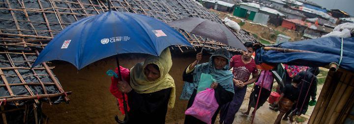 Hunderttausende Rohingya auf der Flucht: UN-Experten werfen Myanmar Völkermord vor