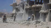 Von der syrischen Luftwaffe zerstörtes Gebäude (Archivbild).