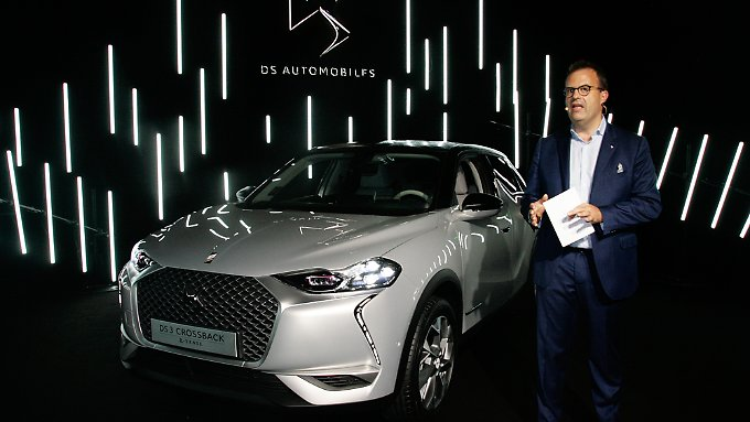 Yves Bonnefont, CEO von DS Automobiles, präsentiert den DS3 Crossback.