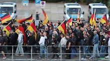 Rechter Aufzug in der Innenstadt: Demo zieht störungsfrei durch Chemnitz