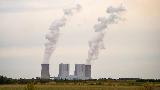 Braunkohlekraftwerk Neurath in Nordrhein-Westfalen.