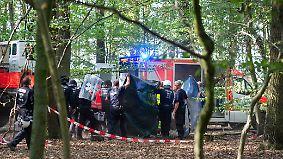 Tödlicher Sturz eines Journalisten: NRW setzt Räumung des Hambacher Forsts vorerst aus