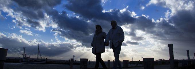 Tschüss, Endlos-Sommer!: Der Herbst beginnt kalt und stürmisch