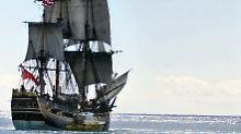 """Wrack im Meer vor Newport: Ist es dieses Mal die legendäre """"Endeavour""""?"""