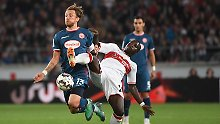 Trainer Korkut unter Druck: Stuttgart enttäuscht bei Remis gegen Fortuna