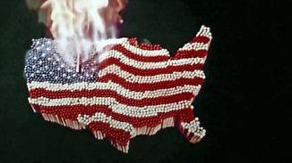 """""""Der American Dream ist tot"""": Doku von Oscar-Preisträger Moore rechnet mit Trump ab"""
