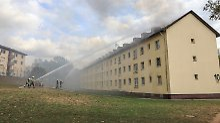 Feuer in Flüchtlingsunterkunft: Großbrand verwüstet Ankerzentrum