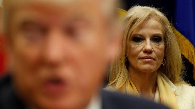 """""""Bringen Sie Trump nicht immer in alles hinein, was in diesem Universum passiert"""", sagt Kellyanne Conway."""