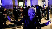 Ausschreitungen in Barcelona: Separatisten lassen Demonstration eskalieren