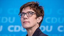 Debatte um Merkel-Nachfolge: Hat AKK das Zeug zur nächsten Kanzlerin?
