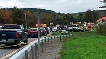 Bei dem Unfall kommen 20 Menschen ums Leben - mehrere werden schwer verletzt.