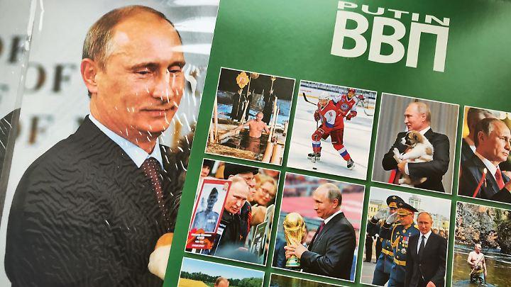 Putin hoch, Putin quer, Putin für die Hosentasche - und Putin als WM-Gastgeber.