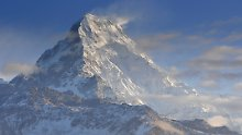 Von Felsvorsprung gestürzt?: Bergsteigergruppe stirbt im Himalaya