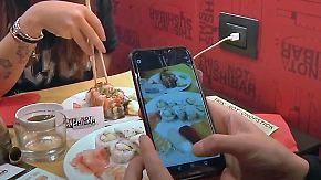 Gratis-Essen ab 100.000 Followern: Restaurant verkauft Sushi für Popularität