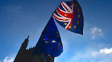 Vorsorge für Chaos nach Austritt: London schafft Puffer für Brexit-Notfall