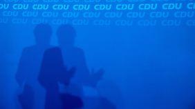 Lagerkampf in der Union: Merkel-Kritiker fordert Urabstimmung für CDU-Parteivorsitz