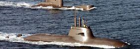 Schilderwald und anfällige U-Boote: So werden deutsche Steuergelder verpulvert