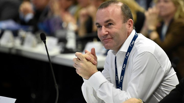 Weber ist Vorsitzender der EVP-Fraktion im EU-Parlament.