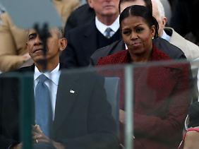 Bereits bei der Vereidigung von Donald Trump am 20. Januar 2017 konnte der gemeine Beobachter eine gewisse Abneigung bei Michelle Obama erkennen.