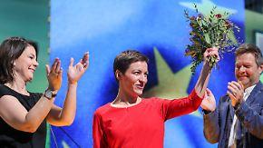 Debattencamp und eine klare Ansage: Grüne blasen zum Angriff, SPD sucht moderne Politik