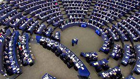 Rede vor EU-Parlament: Merkel wirbt für Europa-Armee