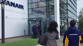 Kündigungs-Vorwand wegen Streiks?: Regierung begleitet Ryanair-Mitarbeiter zur Vorladung