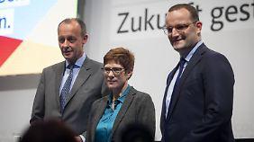 Kandidaten-Trio präsentiert sich CDU-Basis: Kramp-Karrenbauer bekommt den meisten Applaus