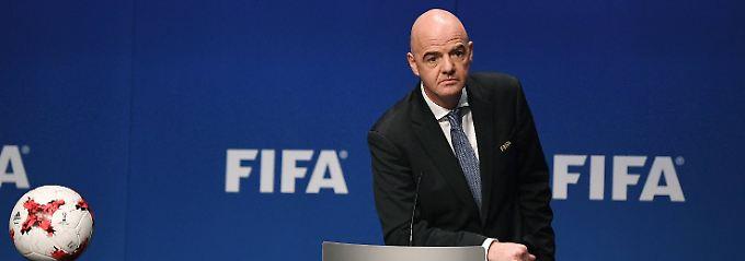 Bericht belastet Infantino: Fifa plante Rechteverkauf von Turnieren