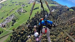 Albtraum über den Schweizer Alpen: Drachenflieger-Pilot vergisst, Youtuber anzuschnallen