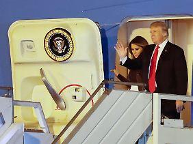 """Ankunft in Argentinien: US-Präsident Donald Trump reiste schon am Donnerstag mit der """"Air Force One"""" an."""