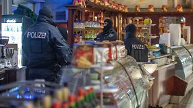 Internationale Razzia gegen 'Ndrangheta: Deutsche Polizei durchsucht dutzende Mafia-Objekte