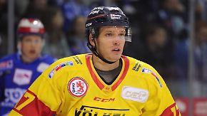 Zweites Standbein für Leon Niederberger: Eishockey-Frauenschwarm startet als Sänger durch