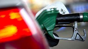 """""""Da klafft eine Schere auseinander"""": Ölpreis sinkt - Tanken bleibt teuer"""