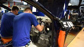 Schlechte Nachrichten zu Weihnachten: VW will 7000 Stellen streichen