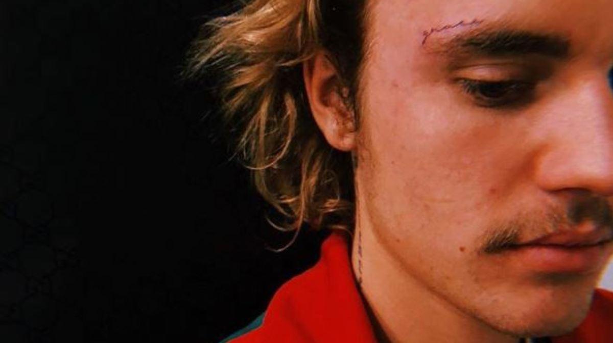 Für Hailey Justin Bieber Trägt Jetzt Gesichtstattoo N Tvde