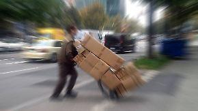 Wettbewerb auf Rücken der Arbeitnehmer: Paketboten arbeiten zum Teil unter gesetzeswidrigen Bedingungen