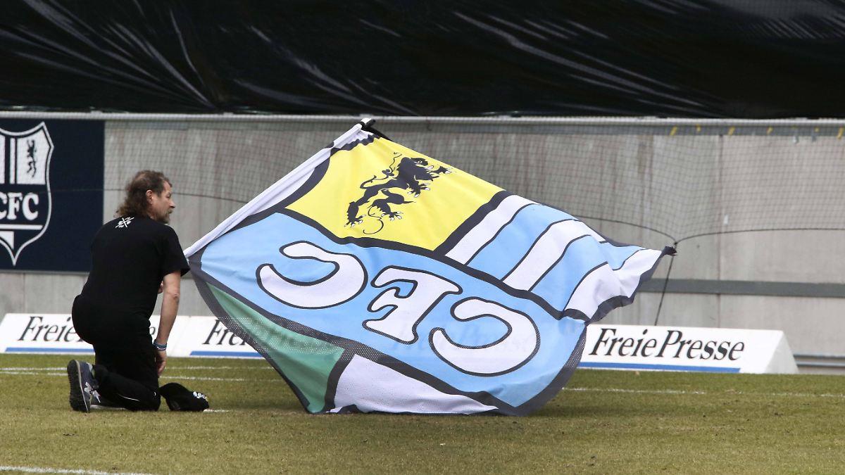 Erstes-Heimspiel-nach-Skandal-Chemnitzer-FC-spielt-unter-Beobachtung