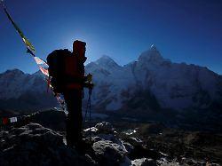 Fragen und Antworten: Was ist los am Mount Everest?